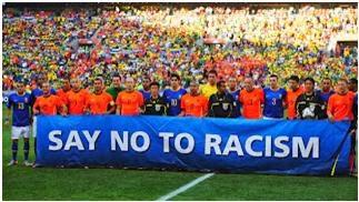¿Cómo hay que actuar cuando en un partido acontecen actos racistas?