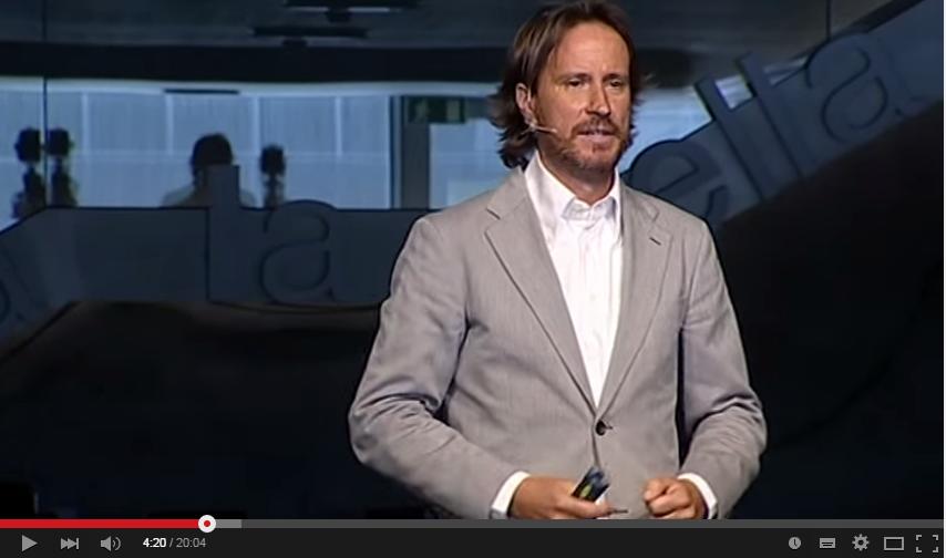 Vídeo de motivación 63. Victor Küppers sobre las actitudes en el campo personal